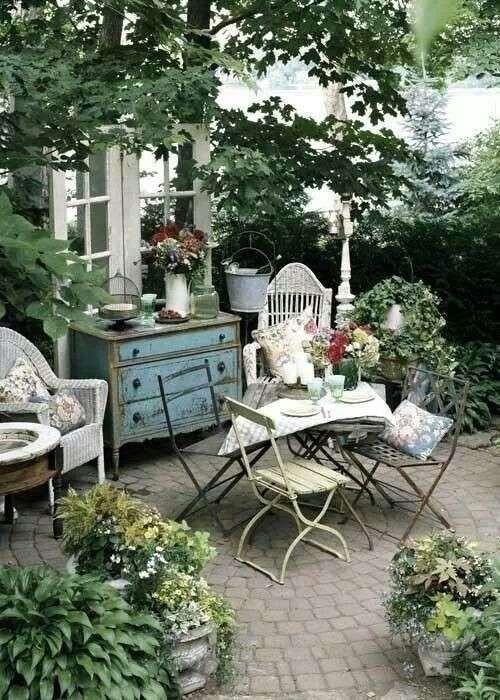 15125065558758-arredi-vintage-per-il-giardino.jpg