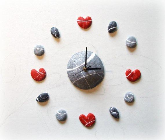 Orologio da parete design moderno con cuori rossi  - regalo di matrimonio